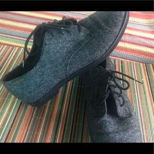 Cute women's shoes 9.5M